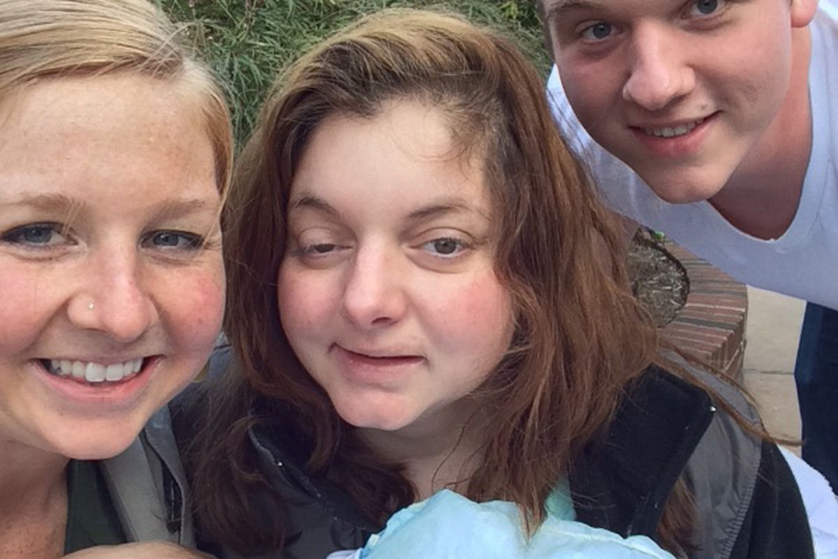 Amy Delucia fundraiseralysa lea roush : schadel family fund